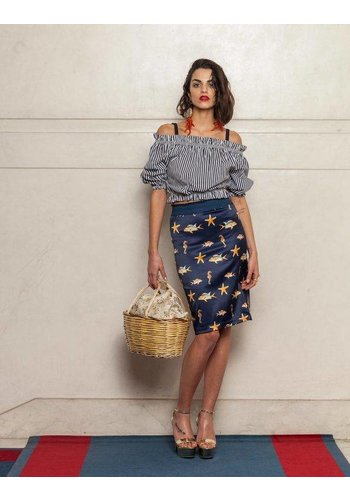 Que Guapa Fish printed skirt
