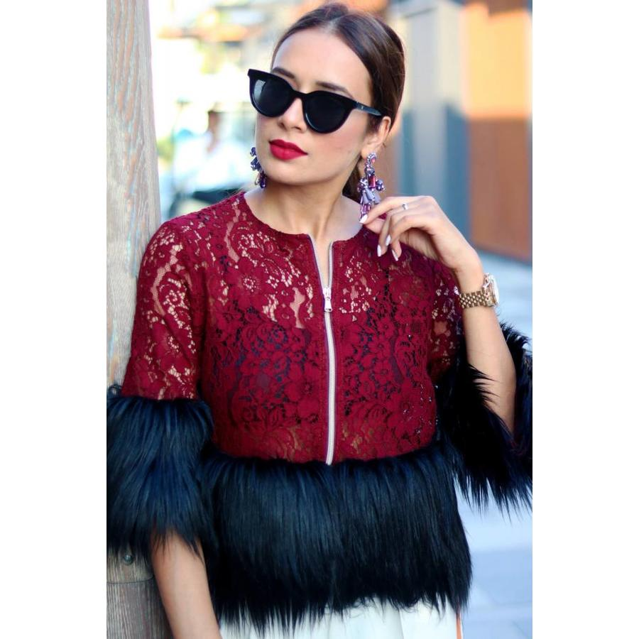 Lace with fur