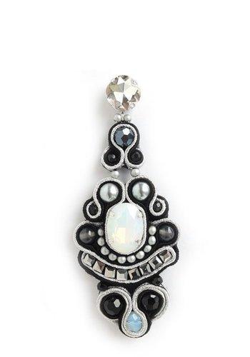Bruma/Vanity Crystal Drop Earrings Black/White