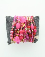 Producten getagd met roze armbandjes