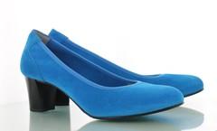 Schoenen en tassen in de kleur Turquoise