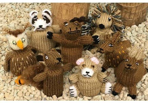 Suyana Mundial Handgestrickte Fingerpuppen aus Wolle - Wald