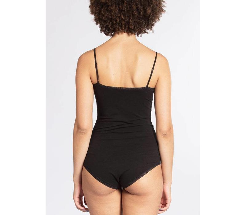 Body | spaghetti logonese | black lady