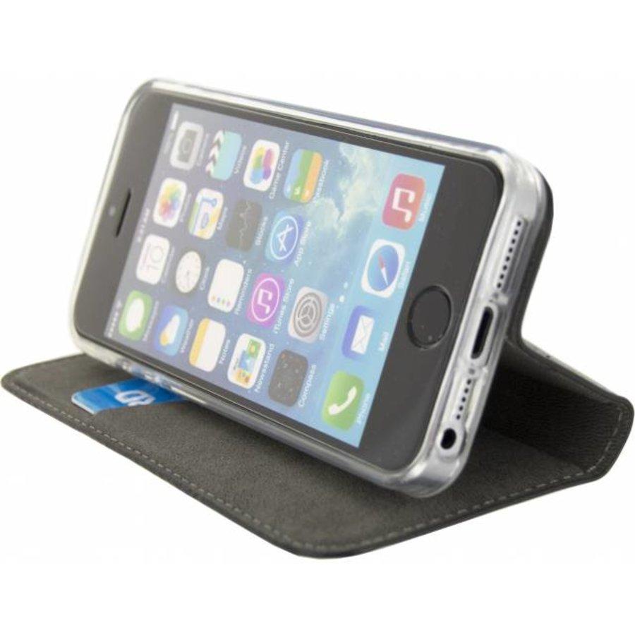 iPhone 5/5S/SE - Premium Gelly Book Case - Zwart