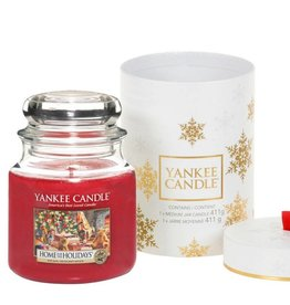 Yankee Candle The Perfect Christmas Medium Jar Gift