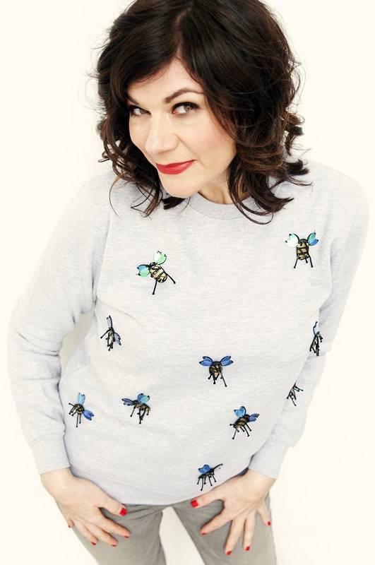 Sweater Flight of the Bumble Bee Grijs