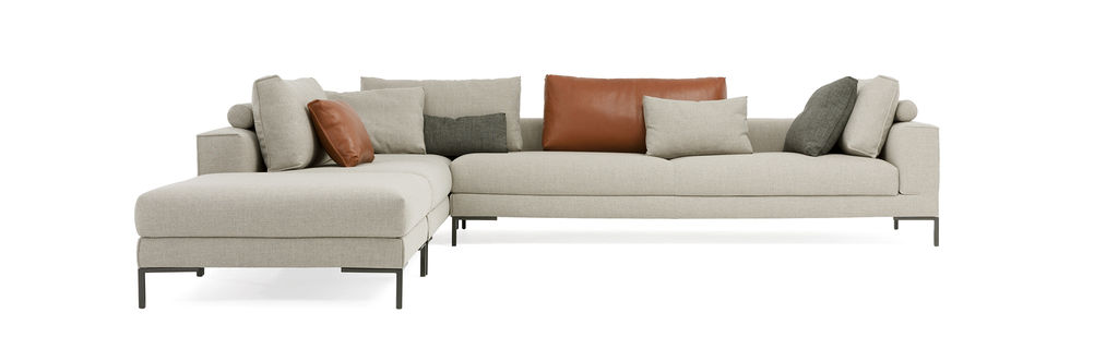 Aikon Lounge sofa made by Design and Stock, sold by DOTshop online and also in shops in Amsterdam and Haarlem
