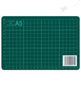 Green cutting mat A5
