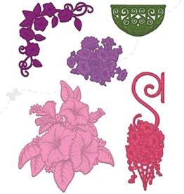 Heartfelt Classic Petunia Bouquet Die