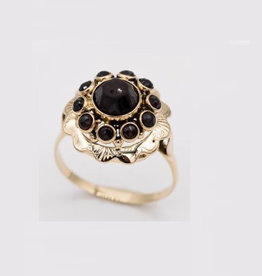 Occasions by Marleen Occasions by Marleen - Gouden ring - Granaat - Maat 18.5