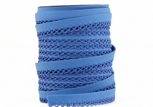De Stoffenkamer Biaisband met kantje korenbloemblauw
