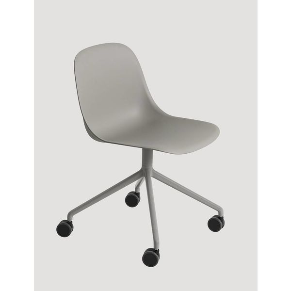 Muuto Fiber Side Chair normal shell swivel base with castors