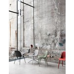 Muuto Fiber Side Chair textile / leather sled base