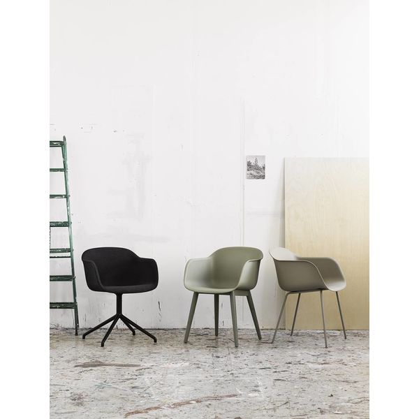 Muuto Fiber Chair textile / leather swivel base with return