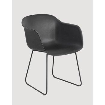 Muuto Showroommodel Fiber Chair normal shell sled base Black/Black
