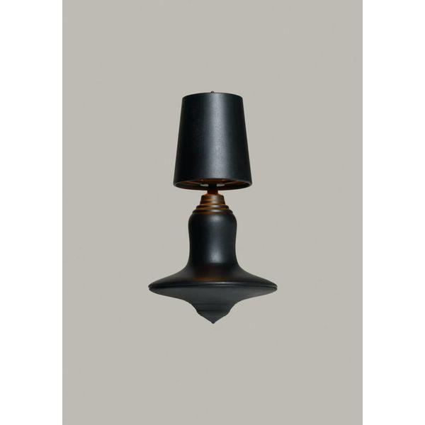 Demakersvan Cast metal lamp
