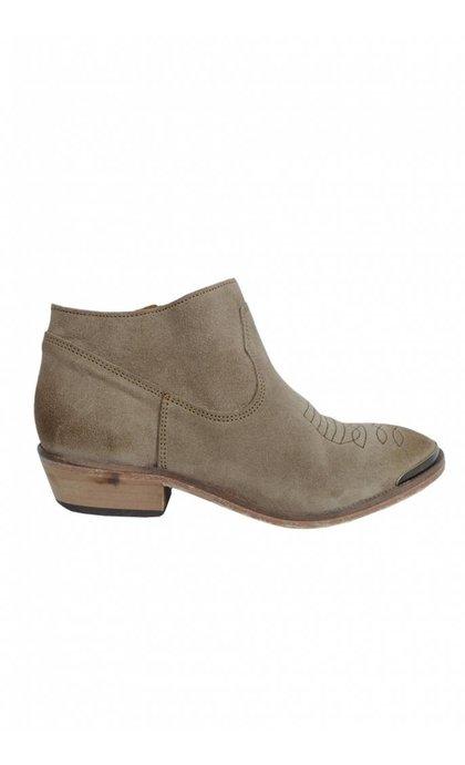 Catarina Martins Olsen Velour Low Boot LT Brown