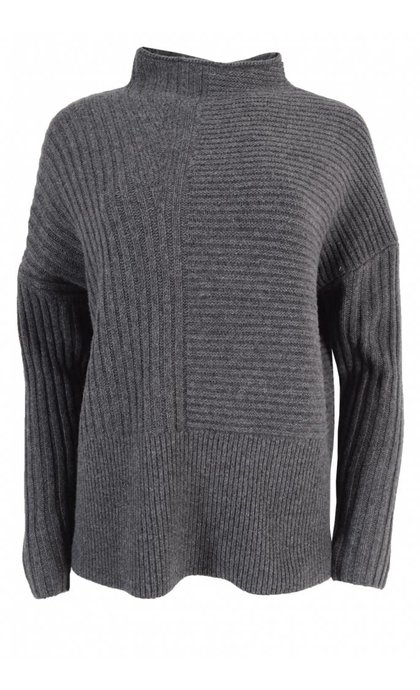 Second Female Lilja Knit T-neck Dark Grey Melange