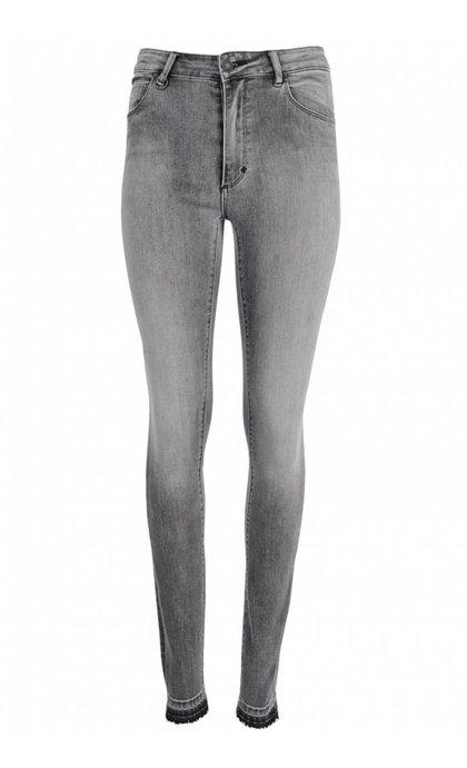 Neuw Vintage Skinny Close Grey