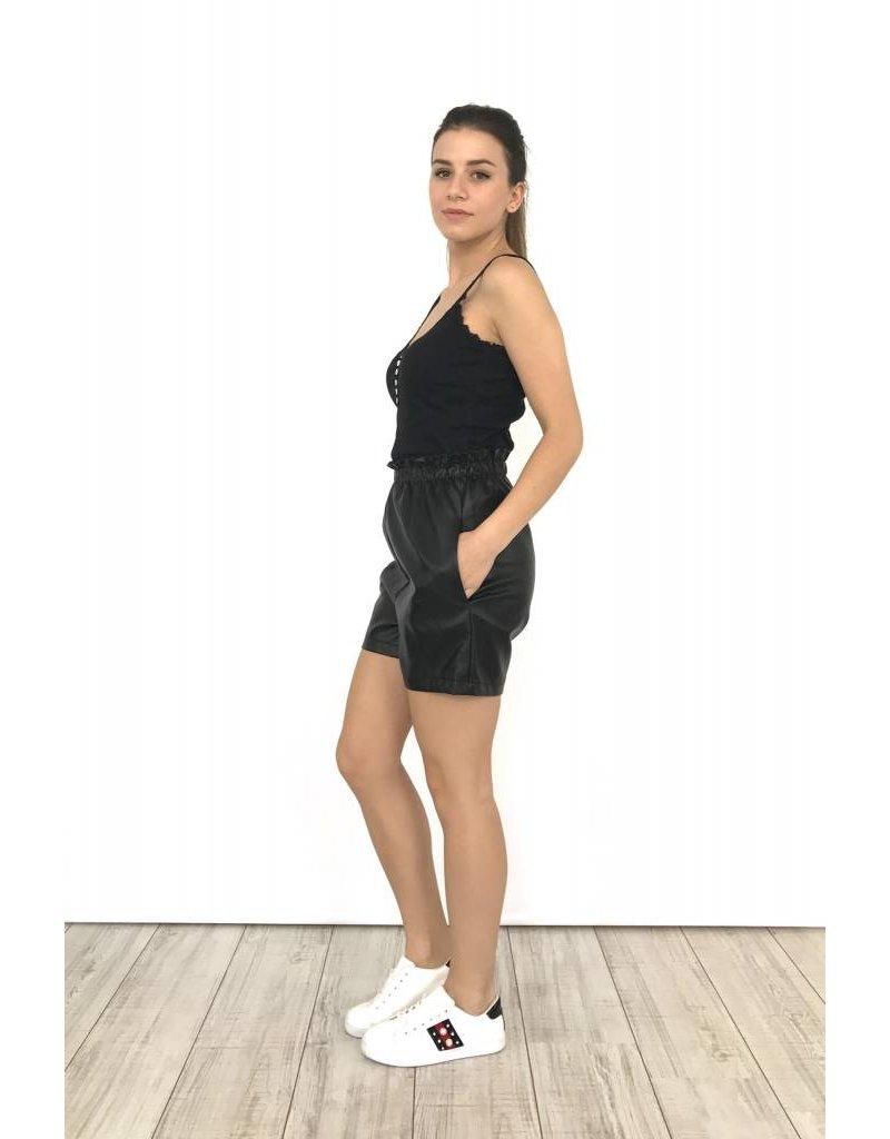 Black leather short