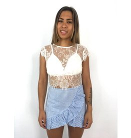 White crop top lace