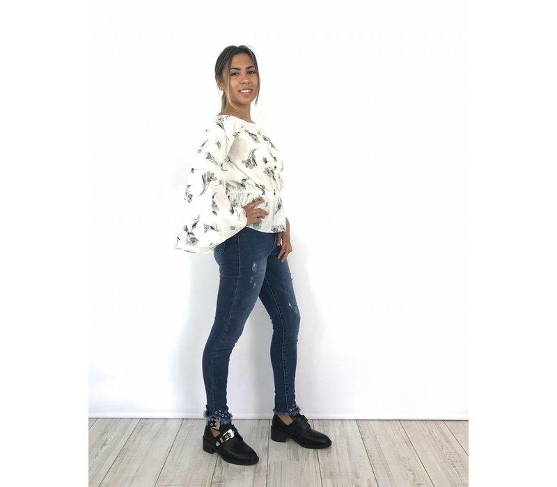 Medium blue jeans 9238