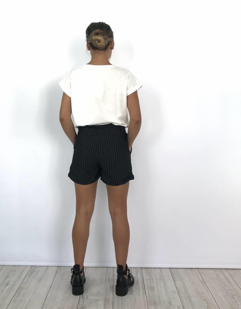 Black striped short 9559