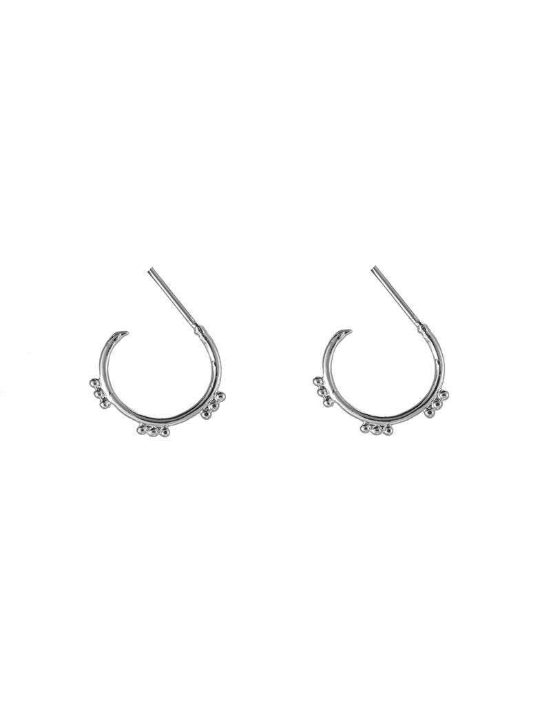 Oorbellen trendy sweet dots silver