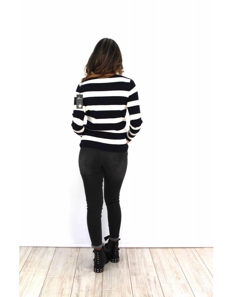 Black striped sweater W7064