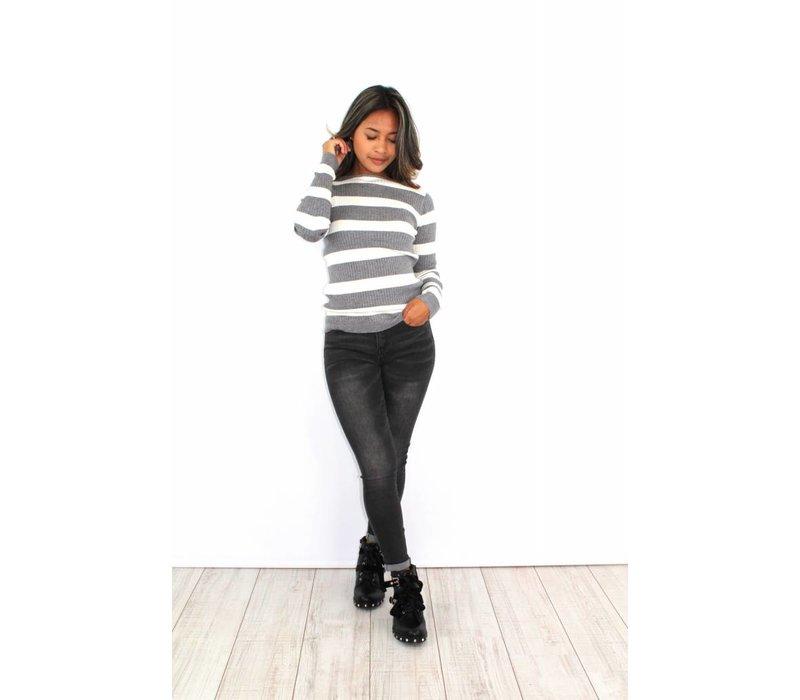 Grey striped jumper W7064