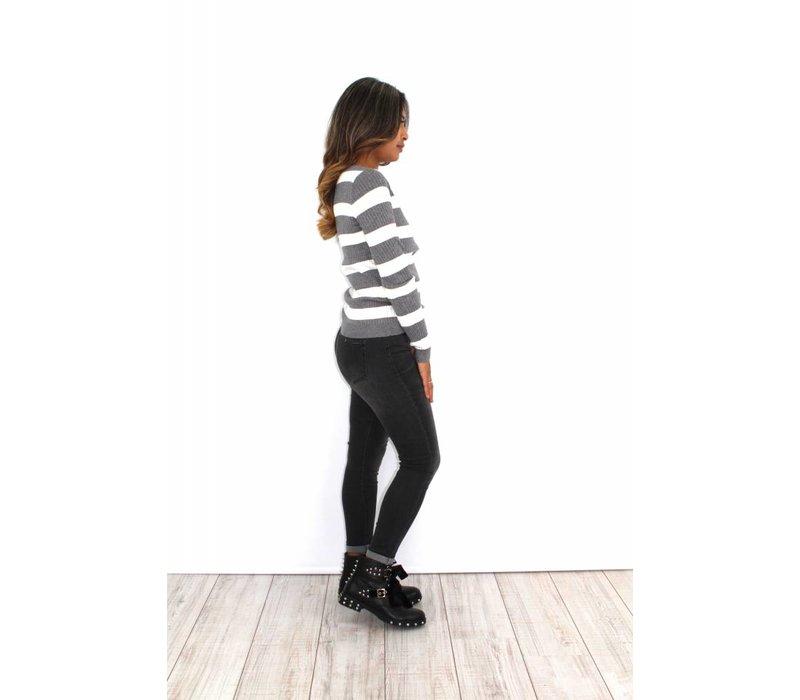 Grey striped sweater W7064
