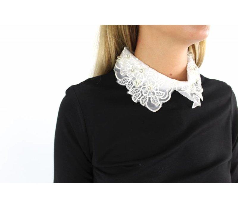 Black sweater collar H357