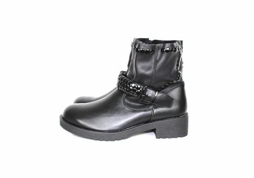 Boots black studs