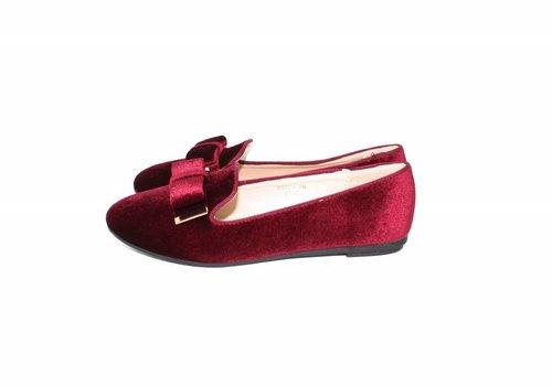 Red velvet ballerina's