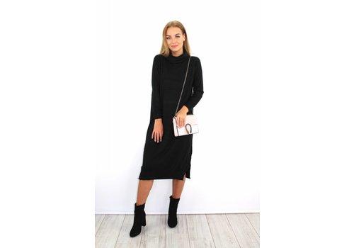 Long black col dress