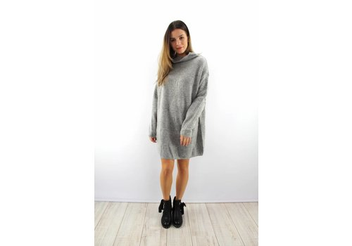 Warm grey col dress
