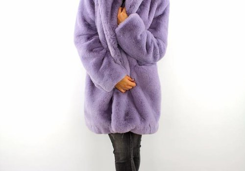 Lovely fluffy Francesca coat Lila