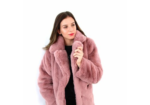 Rose fake fur coat
