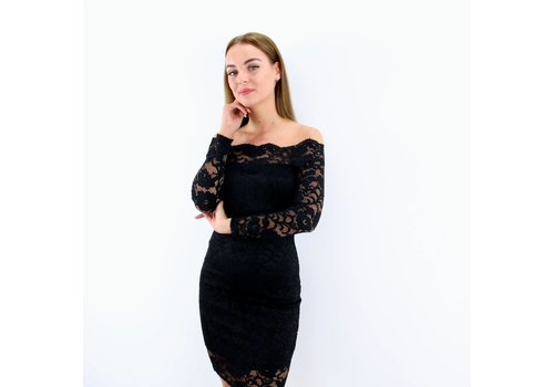 Lovely lace dress off shoulder black