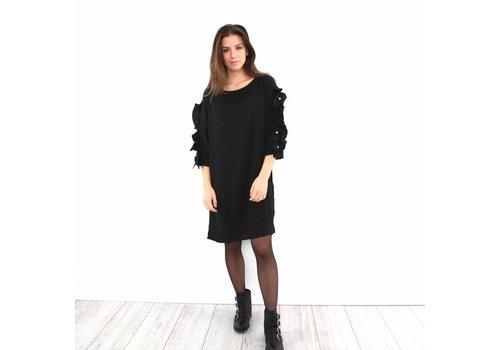 Lovely ruffle Stefania dress black