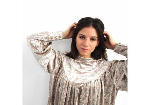 Elli velvet blouse beige