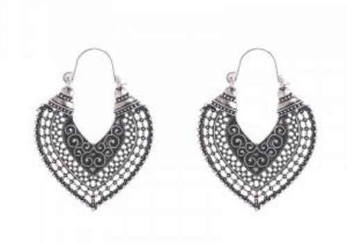 Earrings ethnic queen