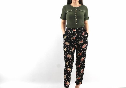 All over flowers pants