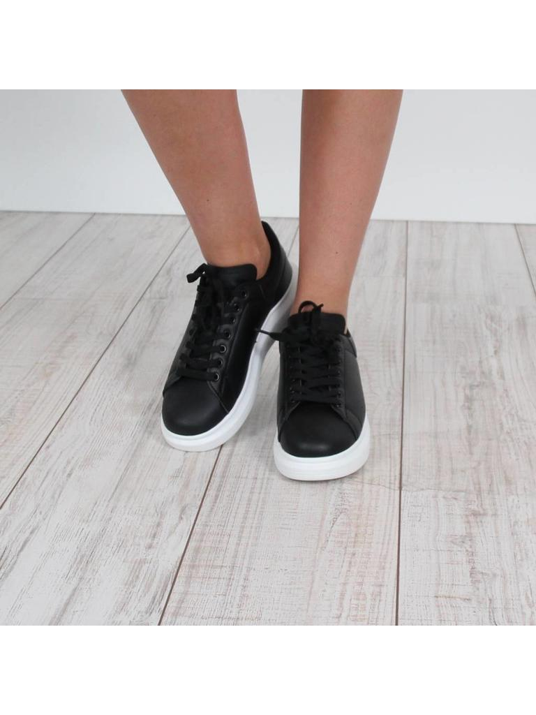 Mapleaf Musthave sneakers
