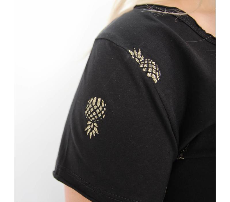 Pineapple t-shirt black