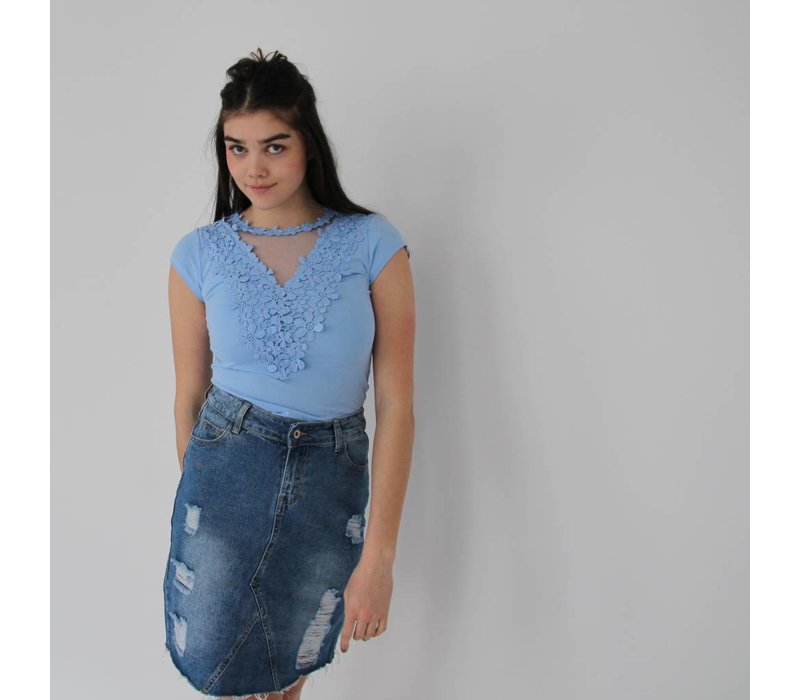 Lace t-shirt baby blue