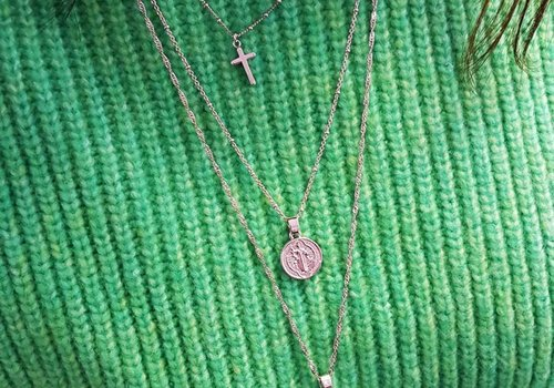 Yehwang Necklace the small traveler