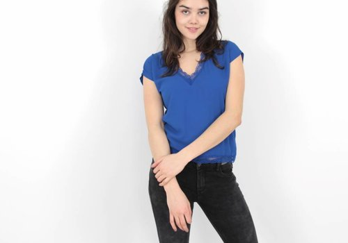 Mimo Madame lace t-shirt