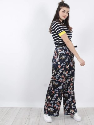 Mod. Style Flower pants blue