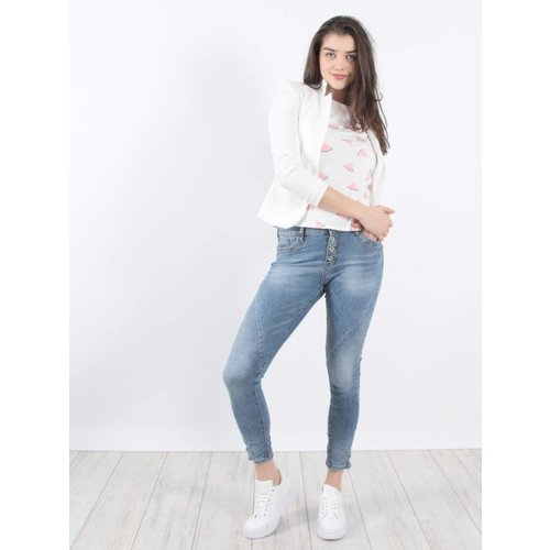 Jewelly Give a way jeans